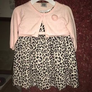 Carters 2 Piece Pink and gray leopard Dress